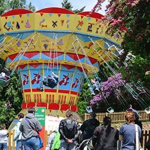Family swing - manège pour parc d'attraction et fêtes foraines