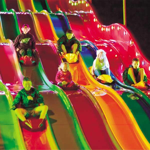 Toboggan slide pour parcs de loisirs et fêtes foraines